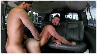 BAITBUS – Amateur Anal Gay Sex With A Man Bear in Miami!