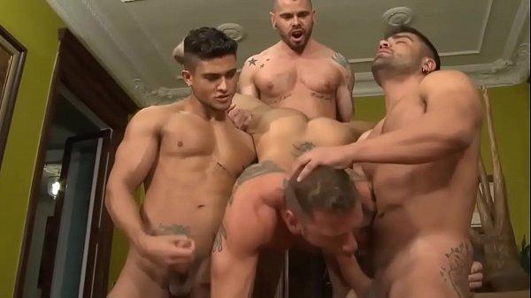 Amateur porn colleg anal cumshot